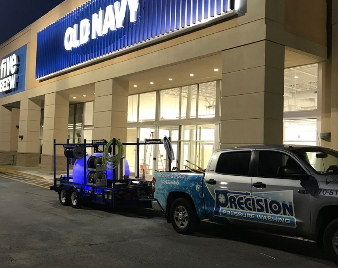 Commercial Cleaning of Old Navy in Hiram, GA